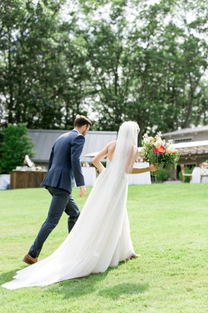 Marianmade Farm Wedding with Michelle Peele Floral by Christina Bernales